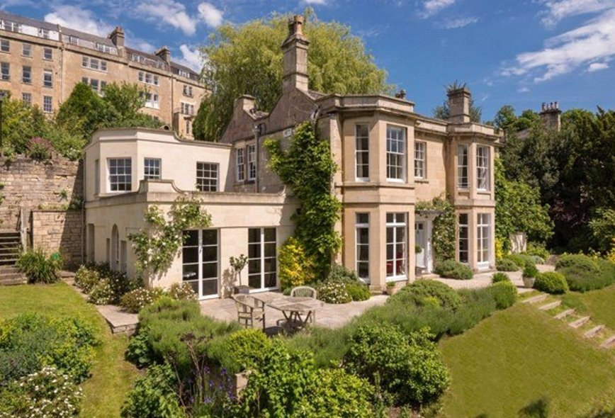 6 Bedroom Detached House For Sale In Prior Park Road